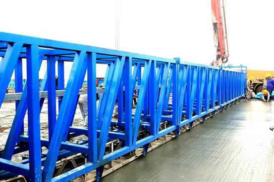 超高性能轻型组合桥面